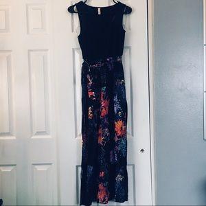 Black Floral Maxi dress!!